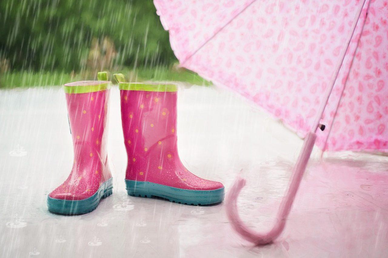 Monsoon-Healthcare-Tips-for-Children-1280x853.jpg